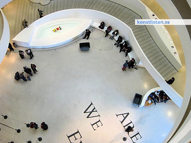Konstvärldens makthavare, mäktiga samlare, gallerister, curators, Damien Hirst och kända konstnärer! Artfacts och andra listor.